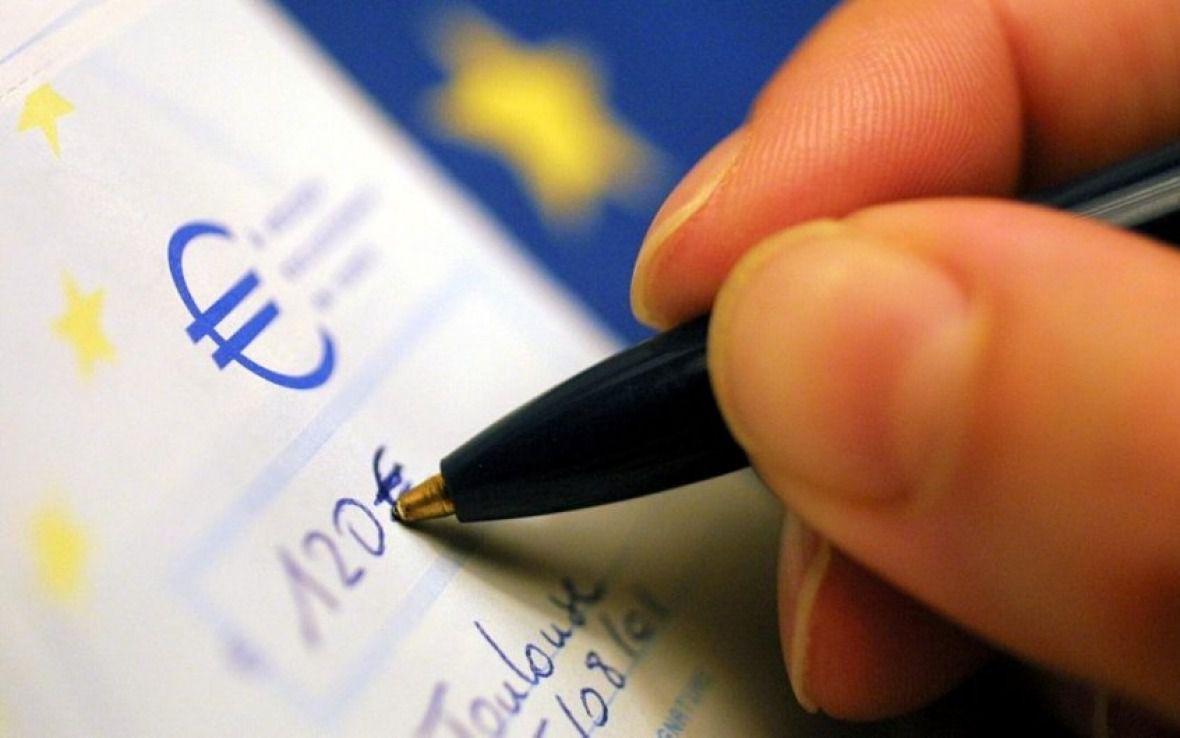 Société sans cash : La disparition programmée du chèque