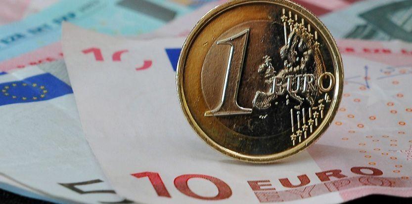 La pression monte d'un cran sur la dette française