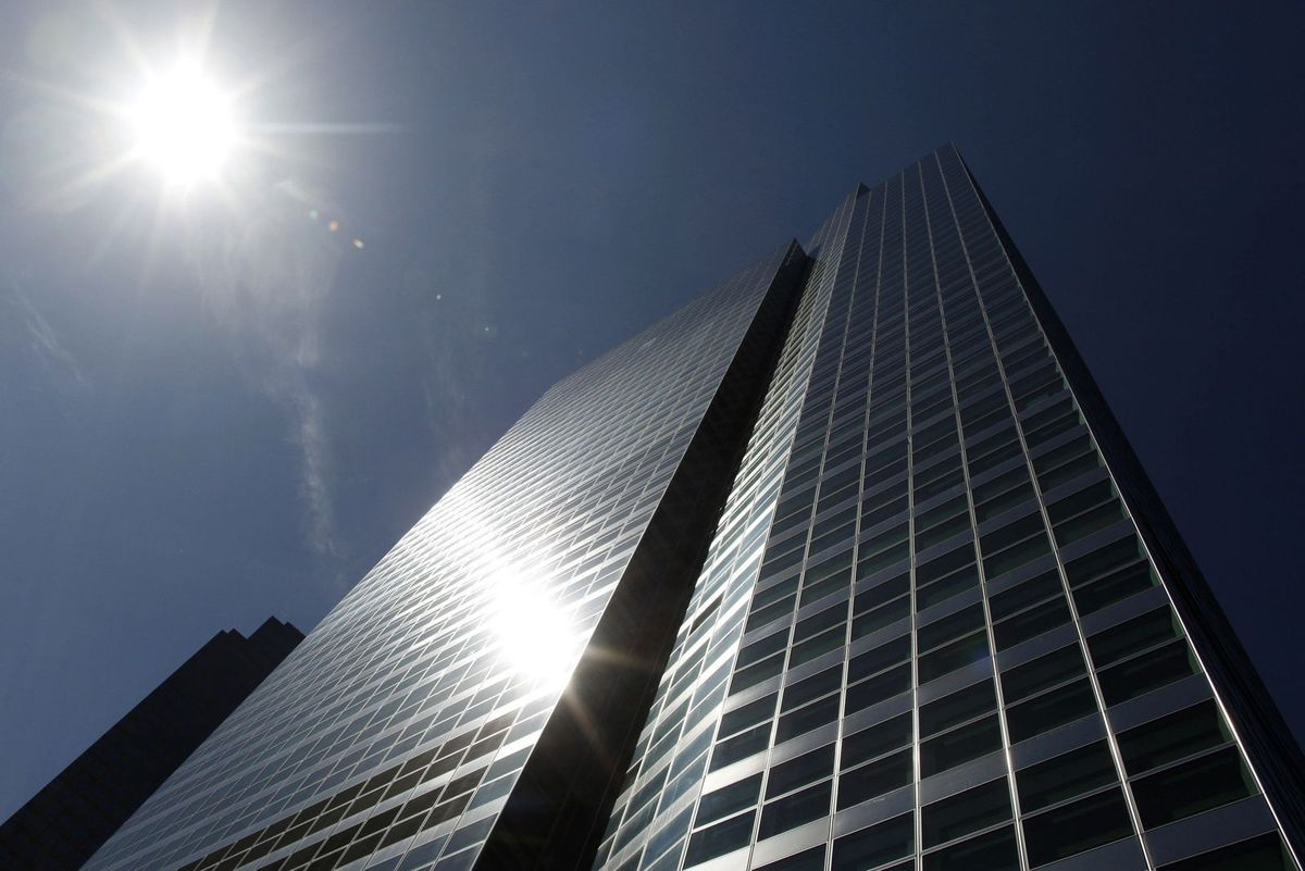 Le siège de Goldman Sachs à New York. (REUTERS/BRENDAN MCDERMID)