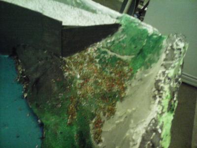Après le bleu, on passe au vert avec le flocage du relief