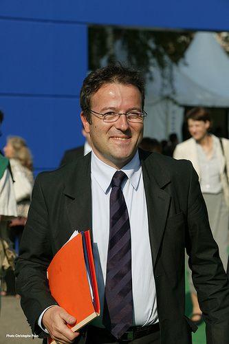 (Vidéo) Martin Hirsch ,François HollandeCynisme politique ? no comment ..