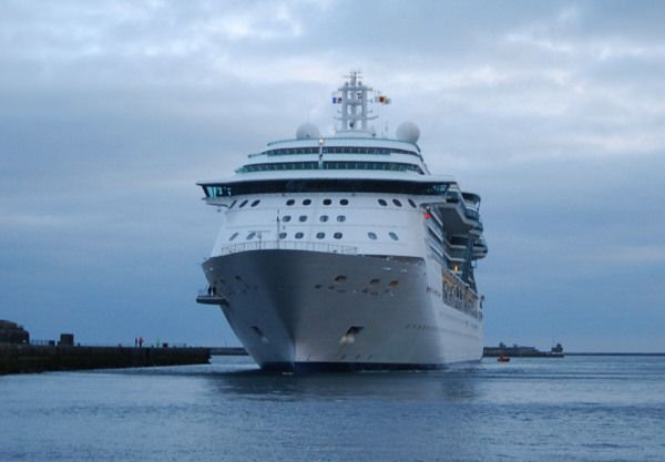 Le Jewel of the Seas, SIster-ship du Brilliance