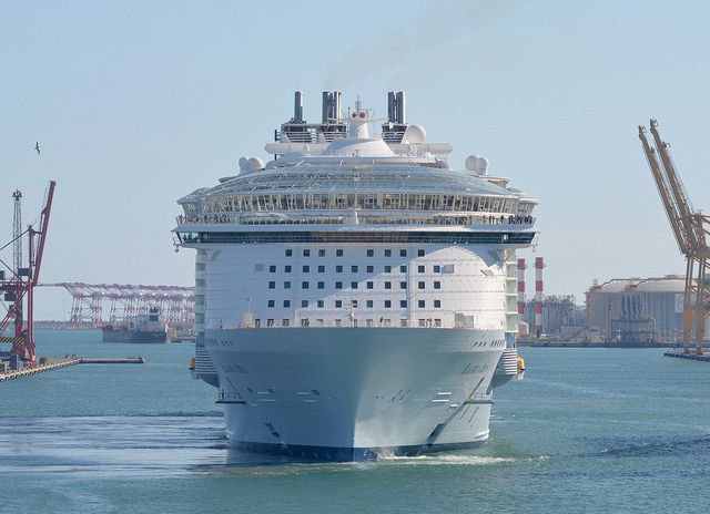 L'Harmony of the Seas sera conçu sur le modèle Oasis qui compte déjà l'Oasis of the Seas et l'Allure of the Seas (la photo)