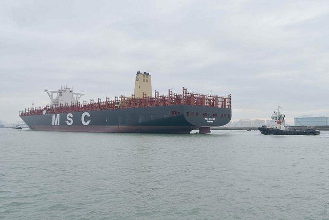 Le MSC Oscar, plus gros porte-conteneurs au monde