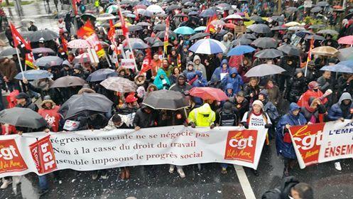 Forte mobilisation des salariés d'ADP malgré la pluie