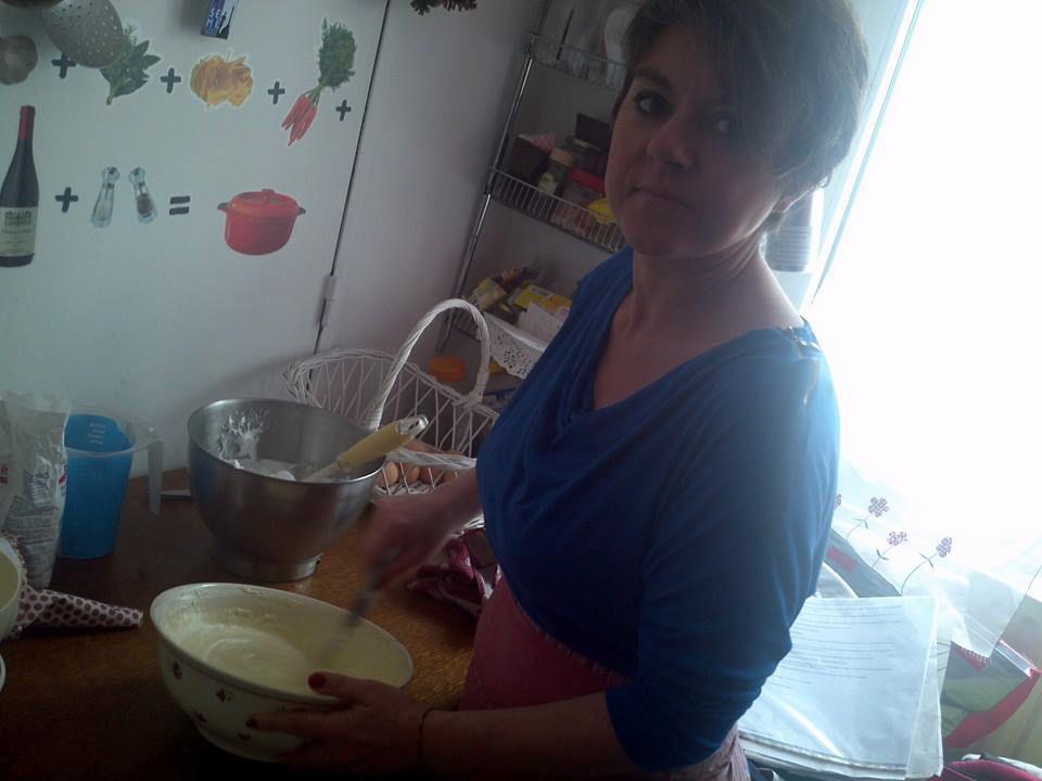 Gâteau réalisé avec les biscuits à la cuillère.