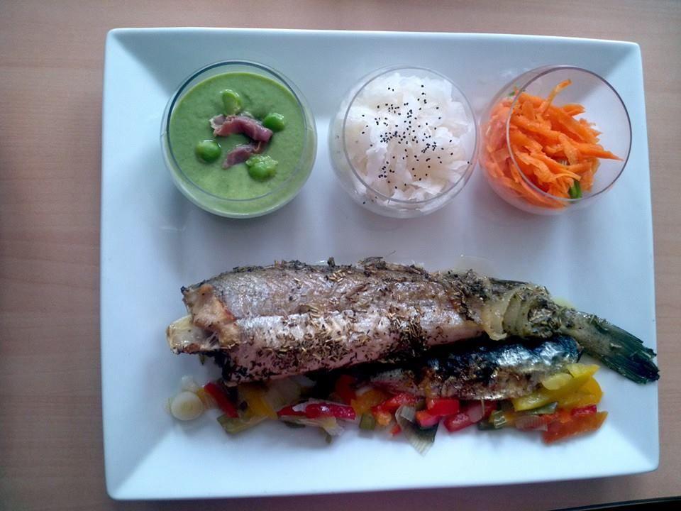 Différentes assiettes de poisson, cassolette, carpaccio, traditionnelle