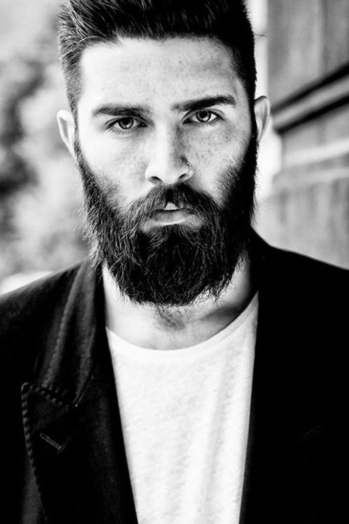 la greffe de barbe barbe et coiffure l 39 l gance au masculin. Black Bedroom Furniture Sets. Home Design Ideas