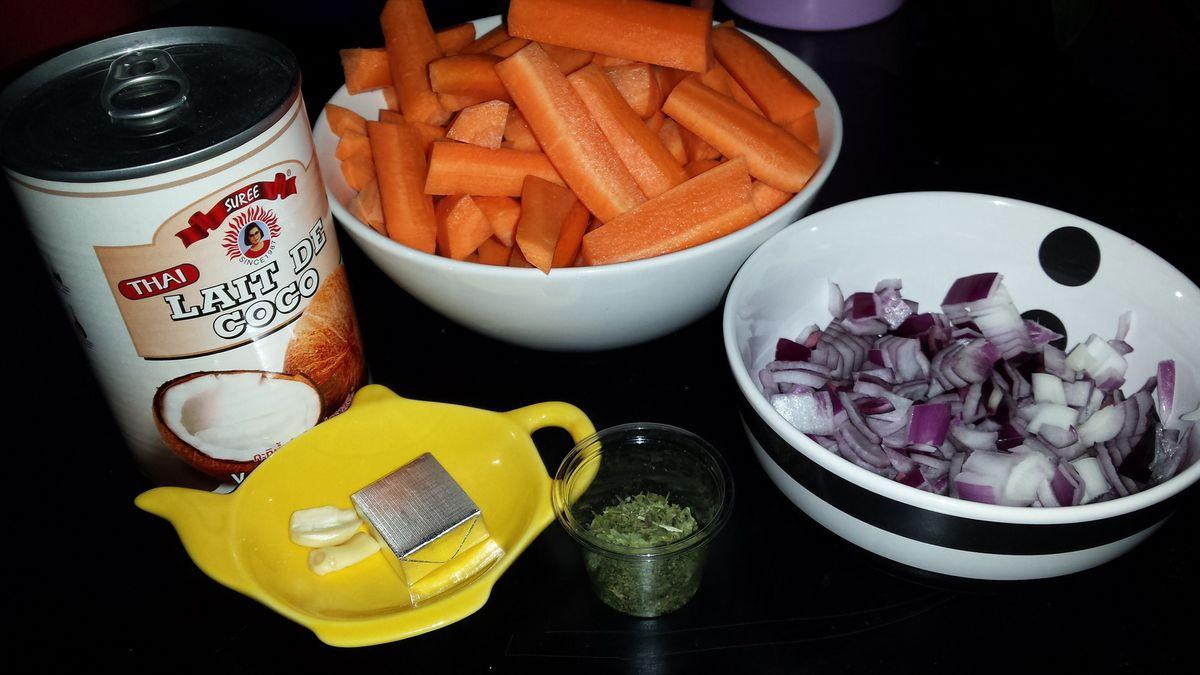 Velouté de carottes au lait de coco.