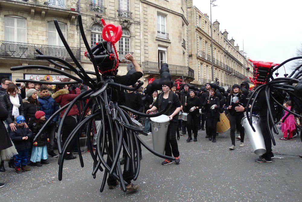 Le carnaval de Bordeaux 2016 : les musiciens...