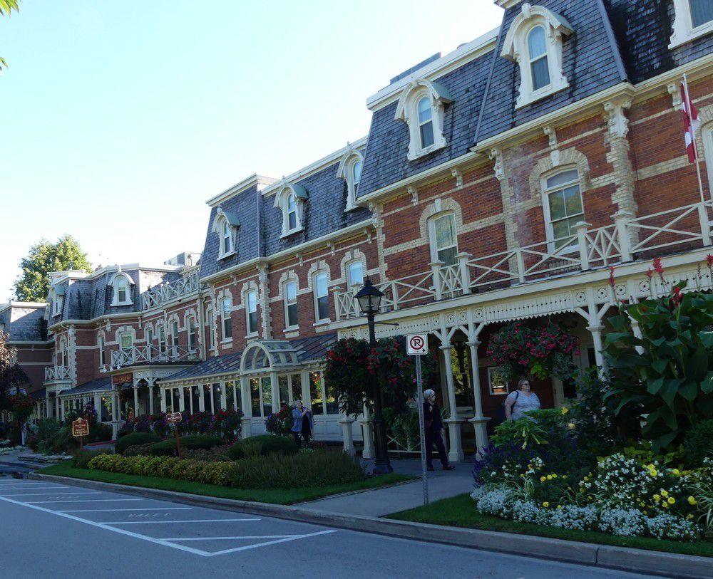 Niagara-on-the-lake : élégantes demeures...