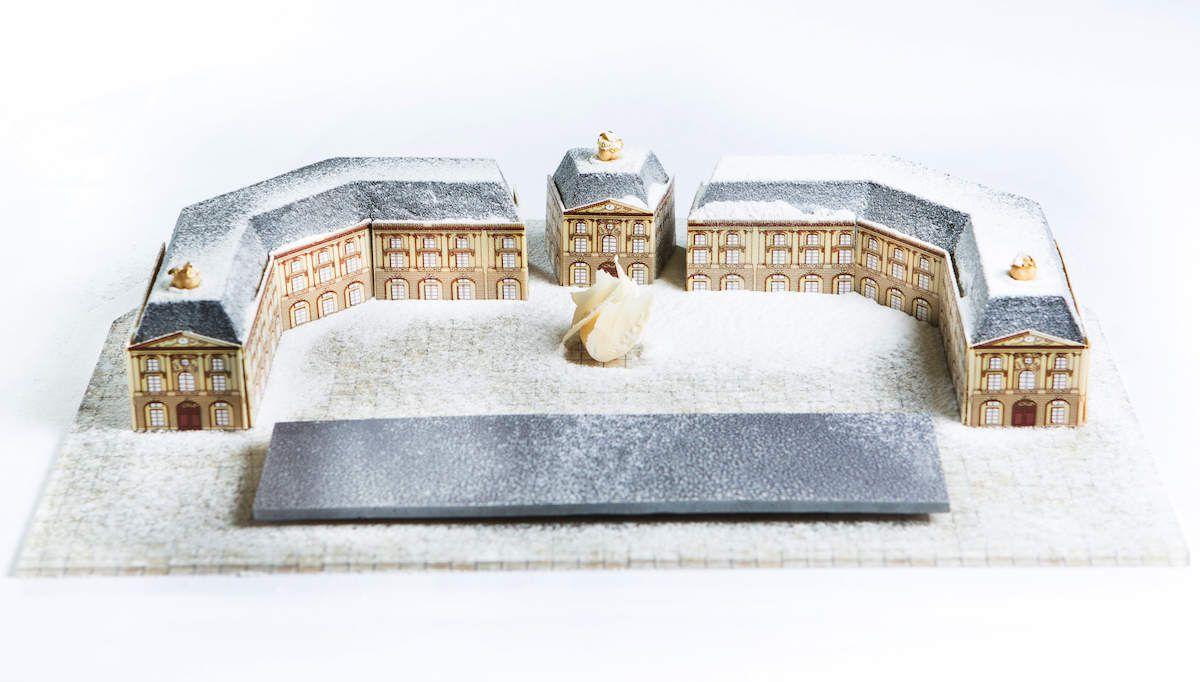 La Place de la Bourse Bordelaise en bûche de Noël...