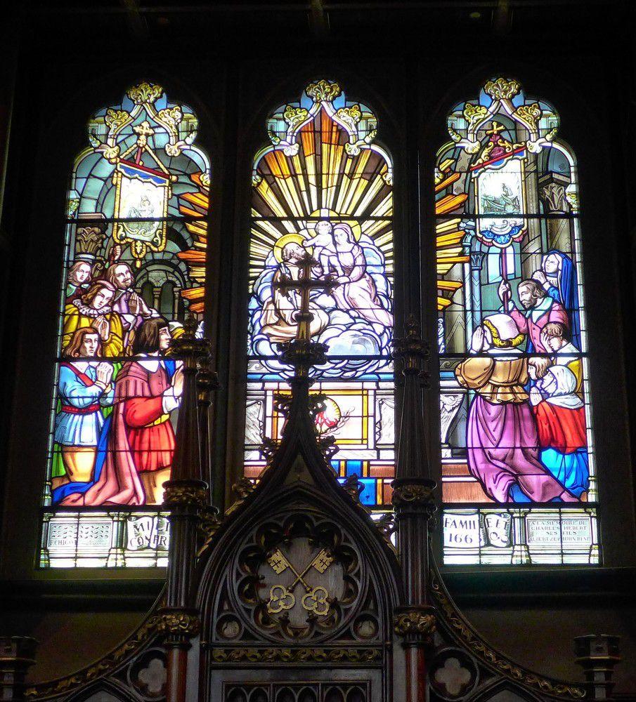 Montréal : les vitraux de la Basilique Notre-Dame...