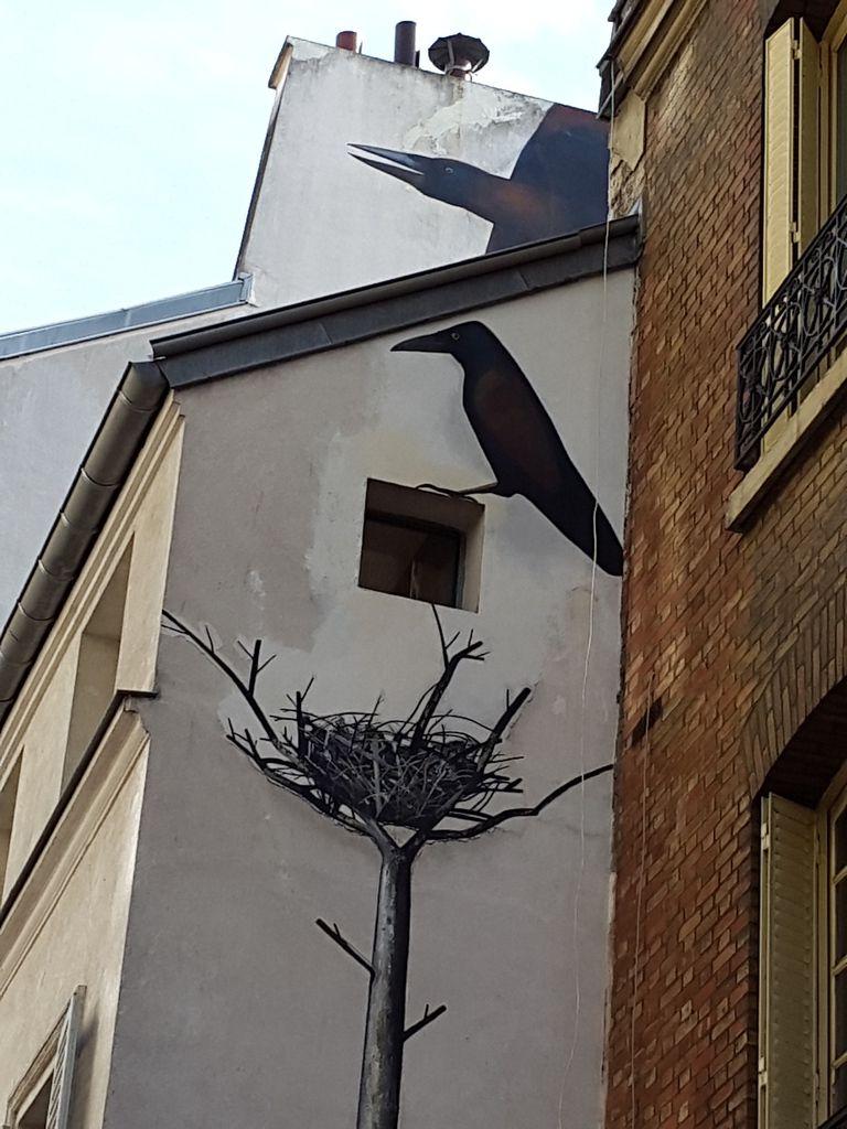 Photo prise à la volée dans Paris, sans retouche ni recadrage