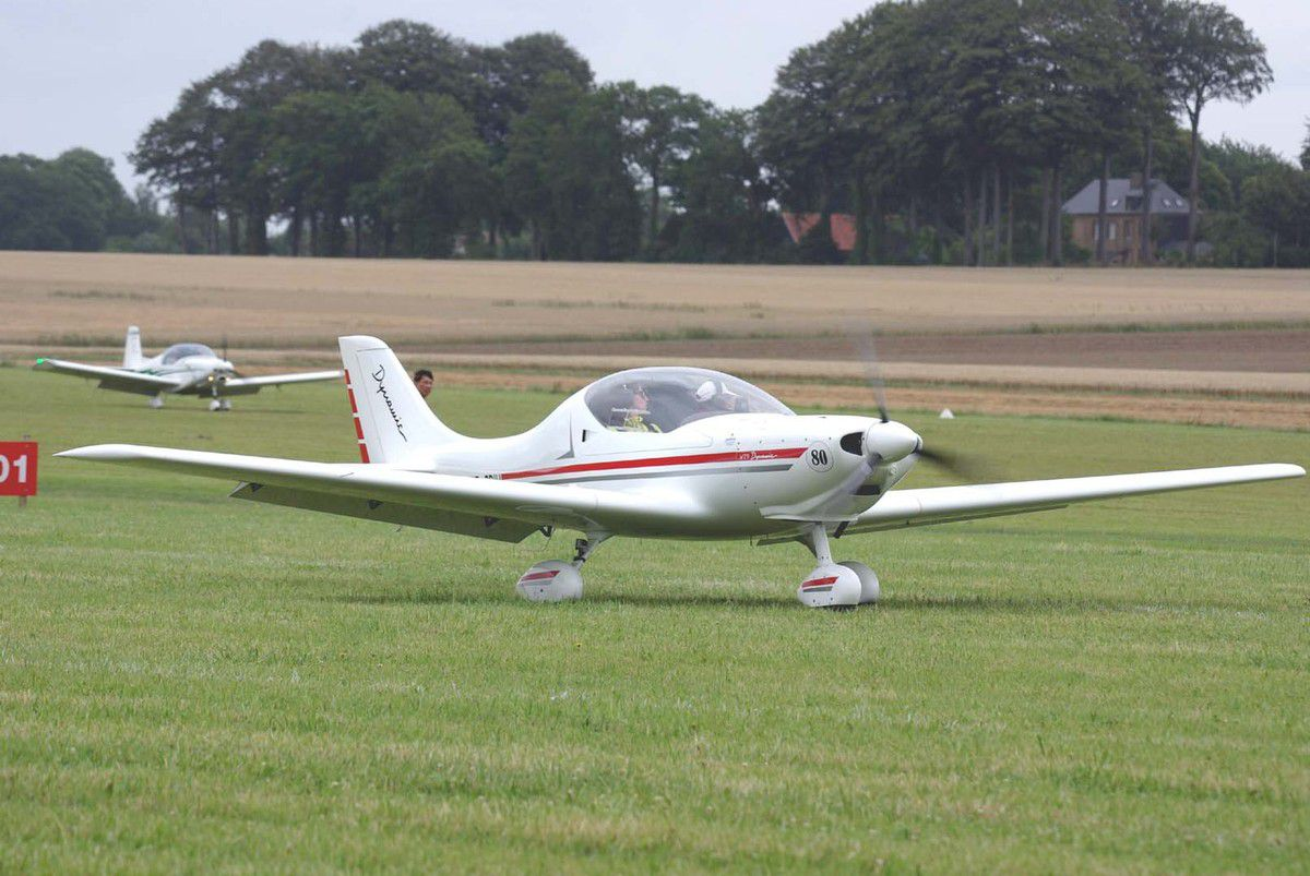Concurrent 80 sur Aerospool Dynamic WT-9.