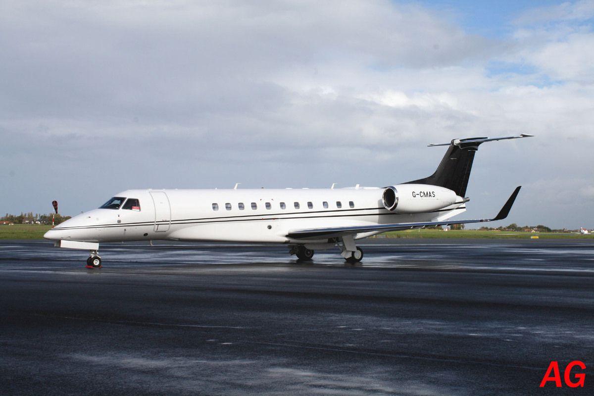 Déjà vu l'Embraer ERJ-135 Legacy 650 G-CMAS.