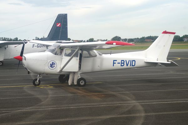 Le Cessna 172 F-BVID de l'Aero-club Air France.