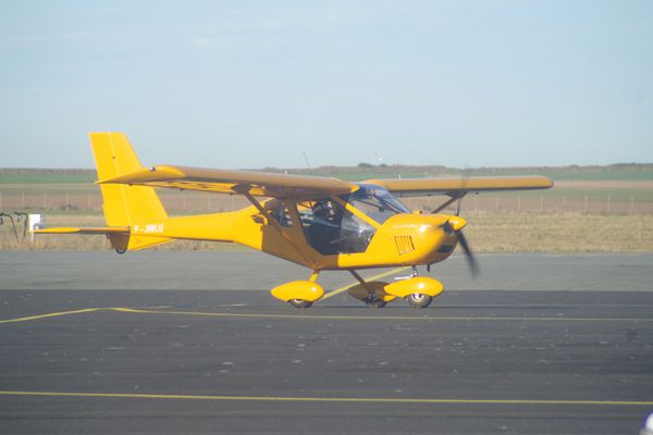 ULM Aeroprakt A-22 Foxbat F-JWLU 27-ZH