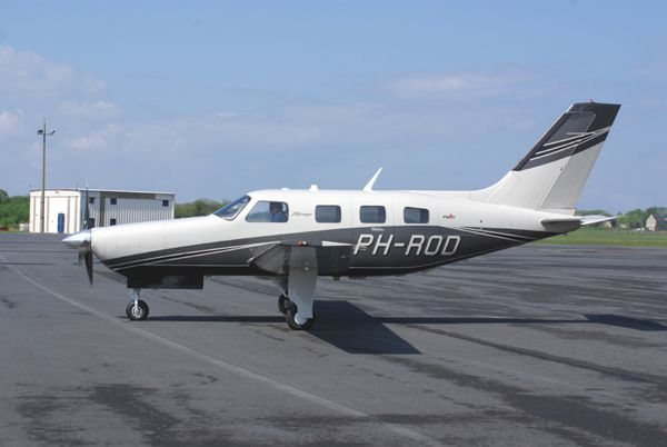 Le Piper PA-46-350P Malibu Mirage PH-ROD.