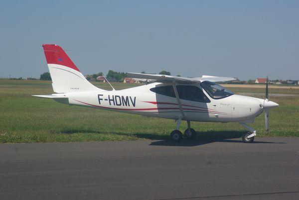 Le Tecnam P-2008 F-HDMV.