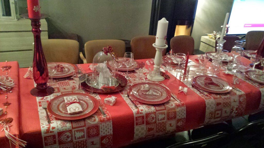 La table de Noël traditionnelle OVERSIZE