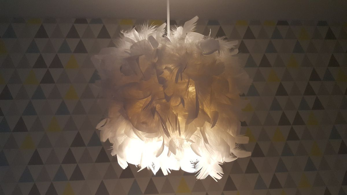 suspension plumes diy lcdc. Black Bedroom Furniture Sets. Home Design Ideas