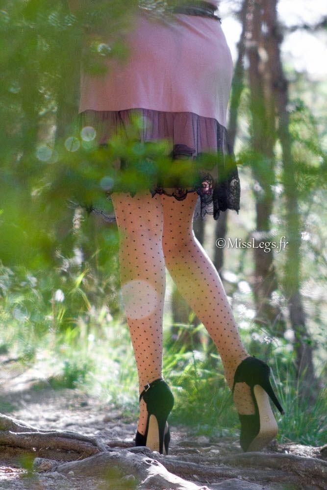 Bas plumetis bicolores Cervin - escarpins KG - robe/nuisette Karen Millen
