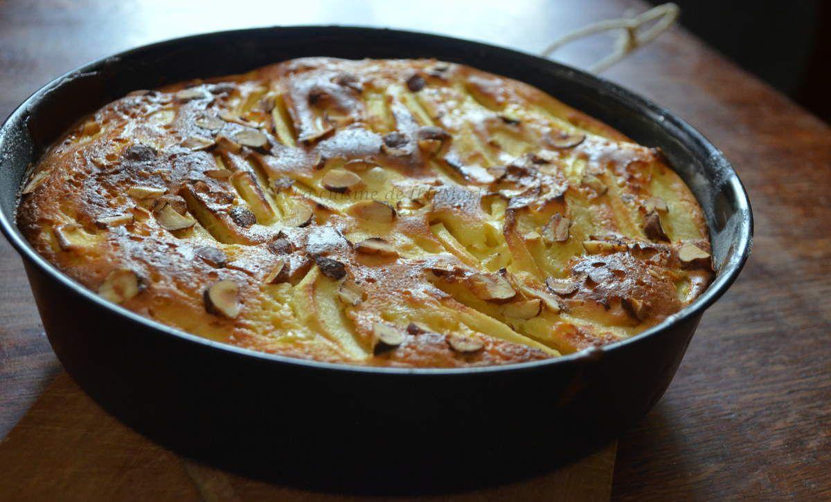Gâteau au fromage blanc allégé, aux pommes et noisettes