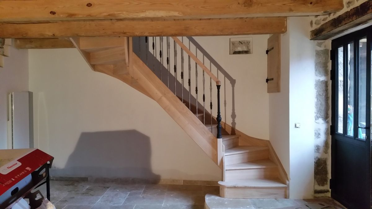 escalier quart tournant ancien
