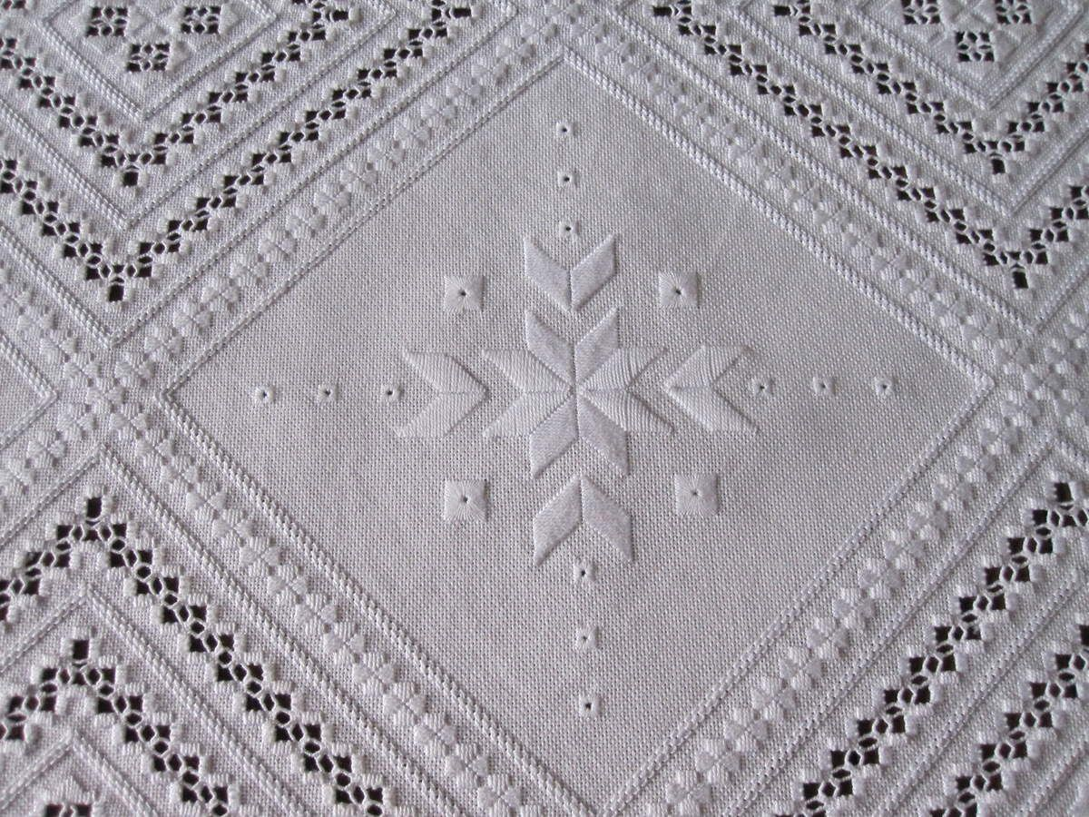 Hardanger, Tapis de table