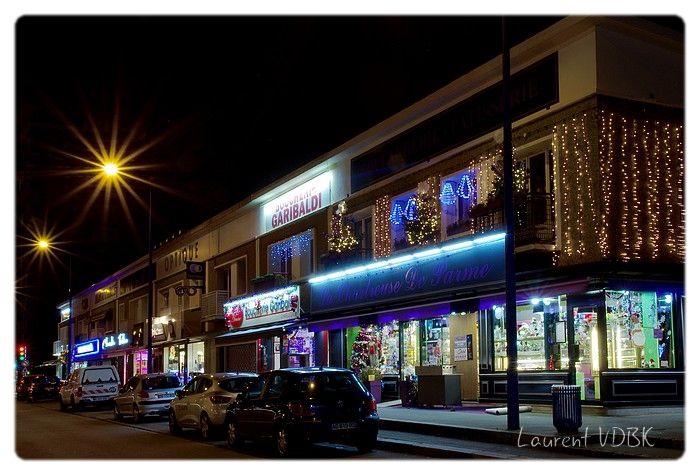 Illuminations Noël Sotteville : les commerces de la rue Garibaldi