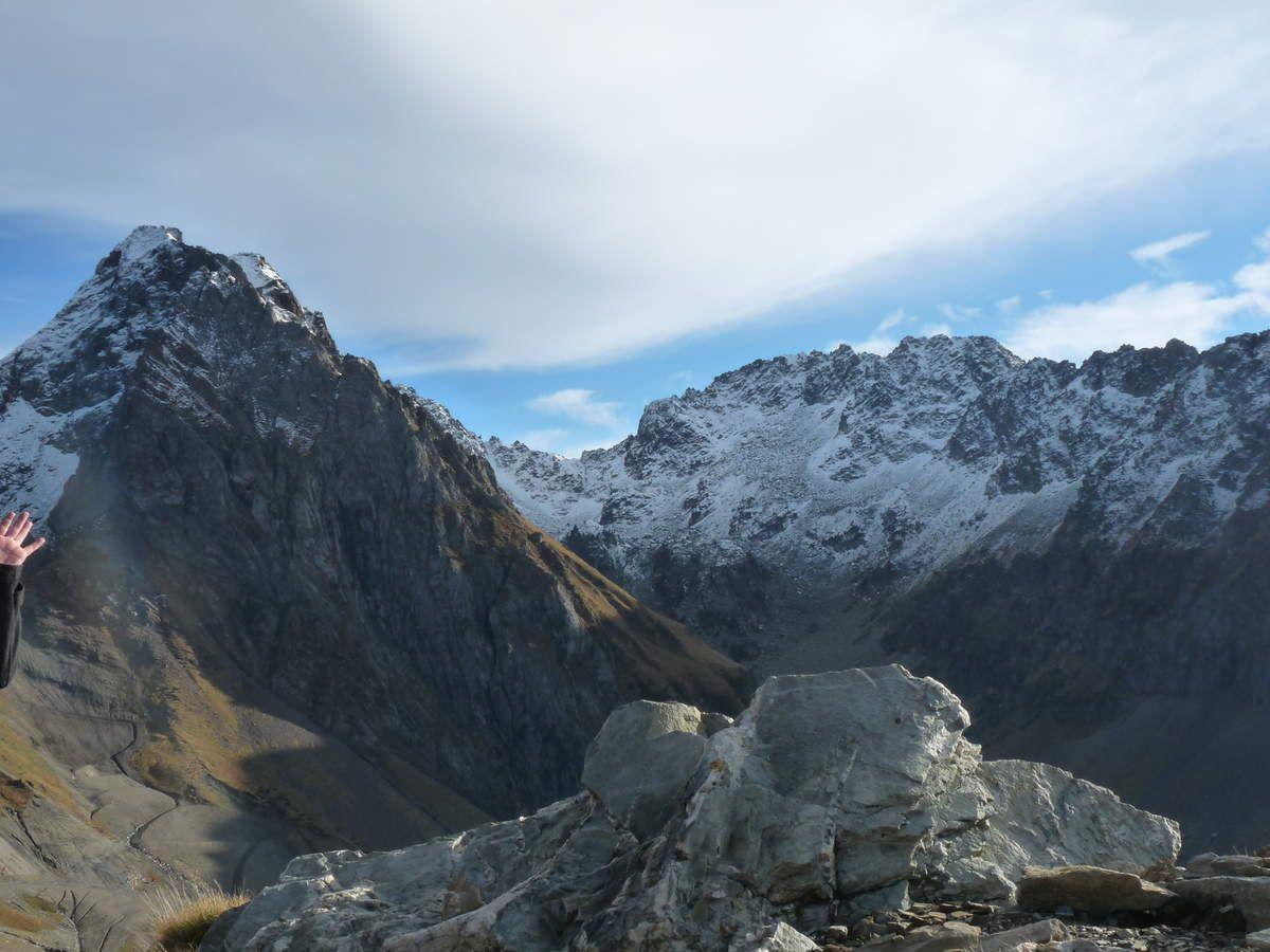 La Mongie, le col et la descente vers la vallée du Gave de Pau