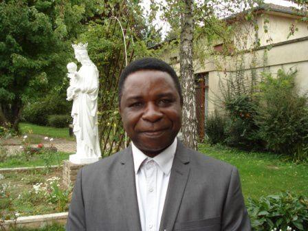 Le professeur Adrien Diakiodi