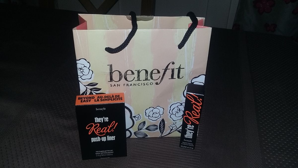 le Goodie bag  offert par benefit
