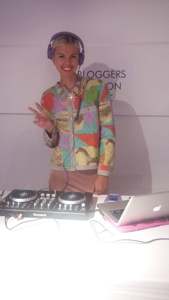 instant coconing, défilé de mode,ambiance de folie grâce à Fabienne la DJ