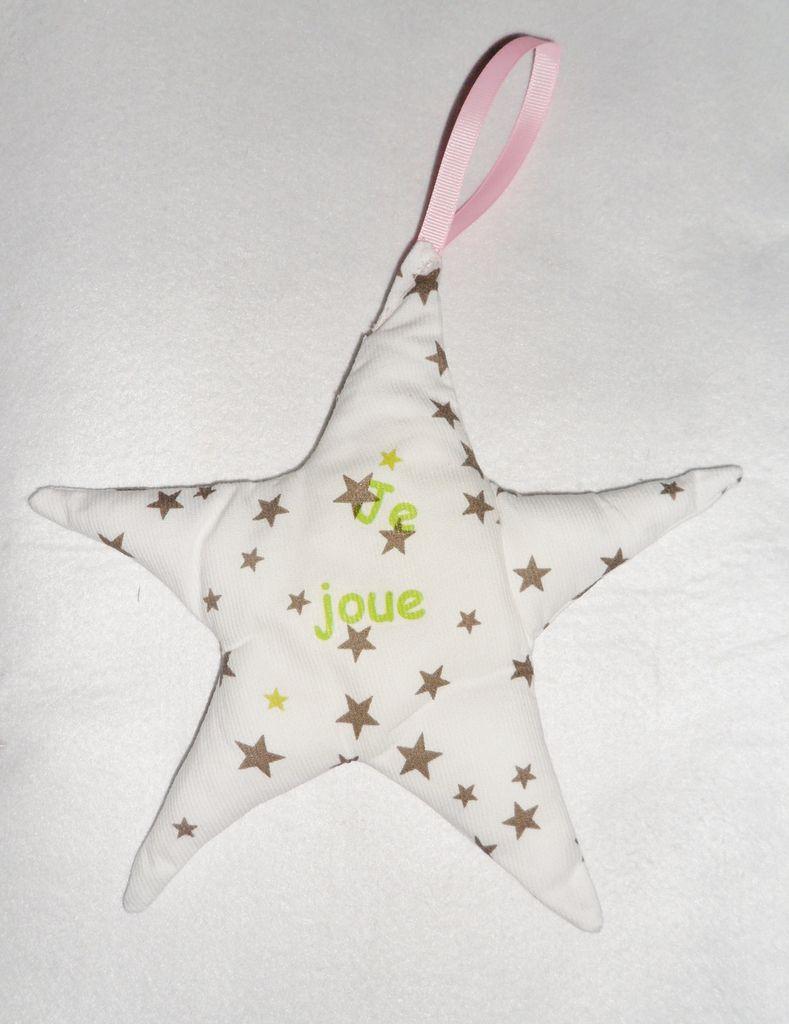 étoile en tissu rembourre pour chambre