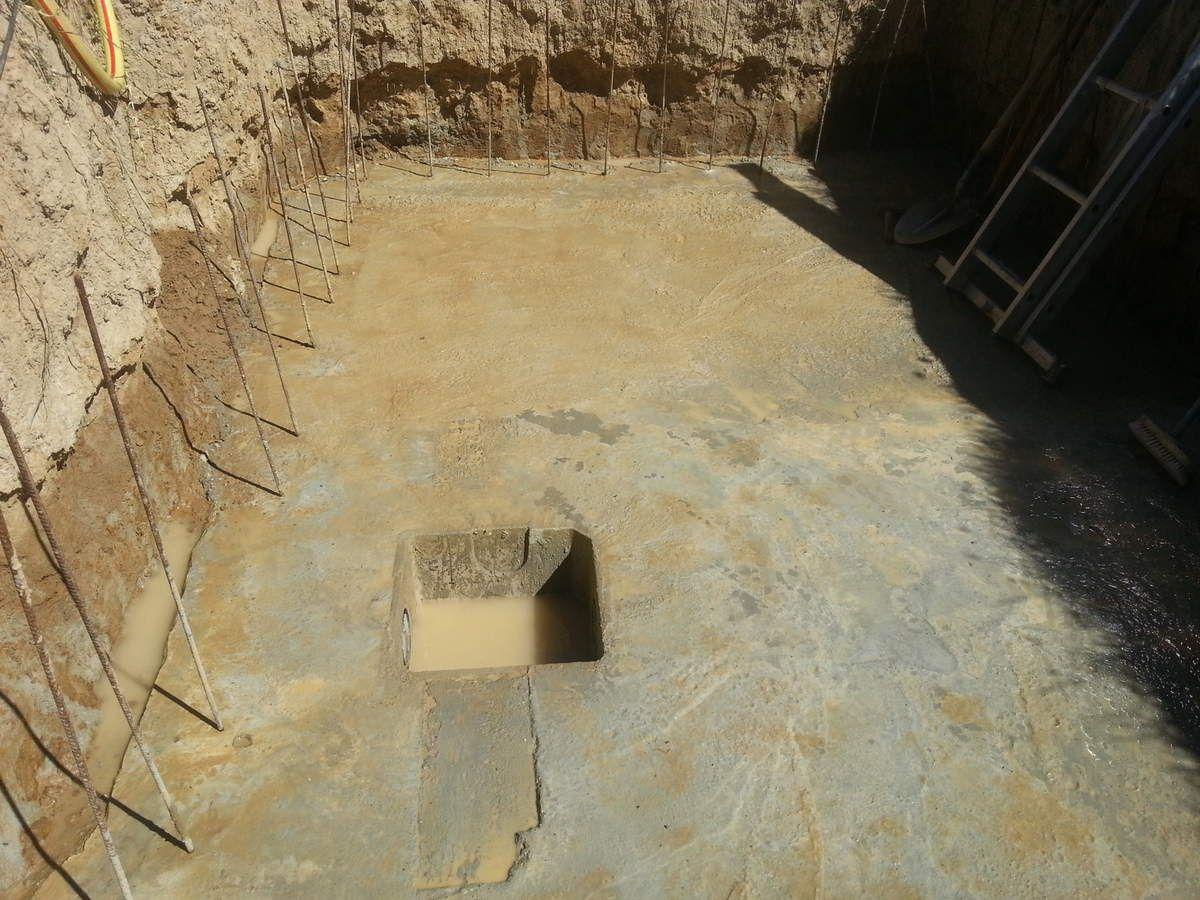 reserve d eau enterree cuve enterre u rcuprateur dueau de. Black Bedroom Furniture Sets. Home Design Ideas