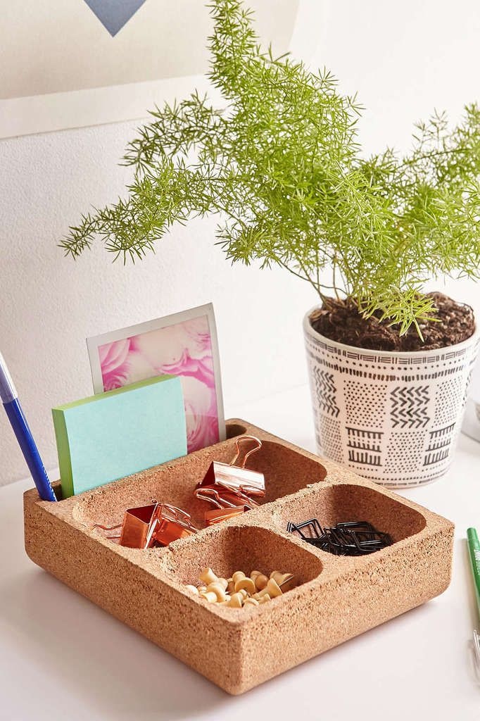 Square Cork Desk Organizer - Urban Outffiters - 18$