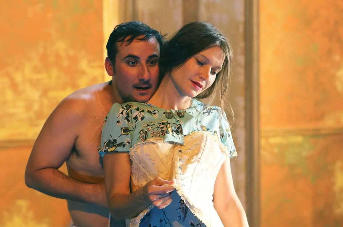 Photo: Laurencine Lot – avec Florian Carove et Alexandra Larangot.