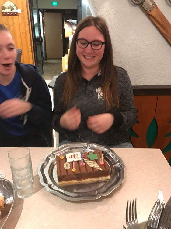 Joyeux anniversaire Adeline 18 ans