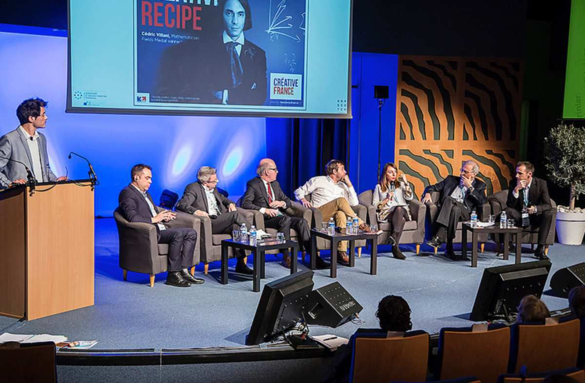 Last round table on the new models of place marketing (photo taken from https://www.flickr.com/photos/127046433@N07/25804838555/in/album-72157665897498656/)