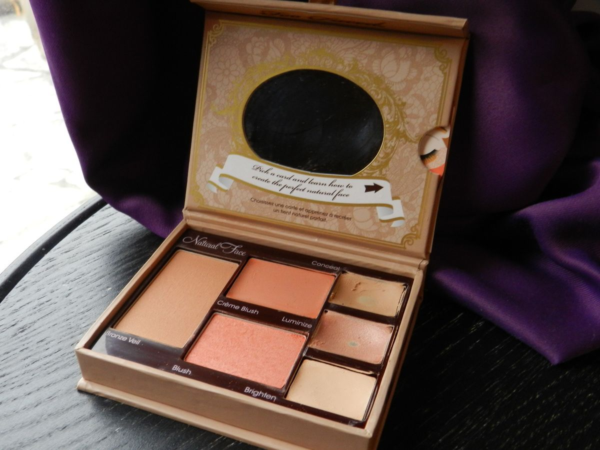 Palette &quot&#x3B;Natural Face&quot&#x3B; par Too Faced