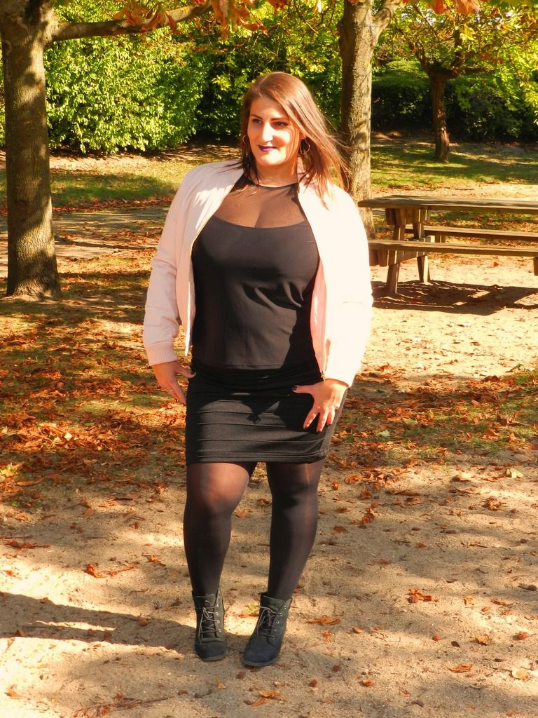 Bombers Rose et Talons Hauts / French Curves Challenge