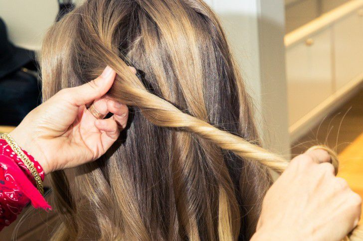 The Hairstyle You Can Wear Everywhere This Summer
