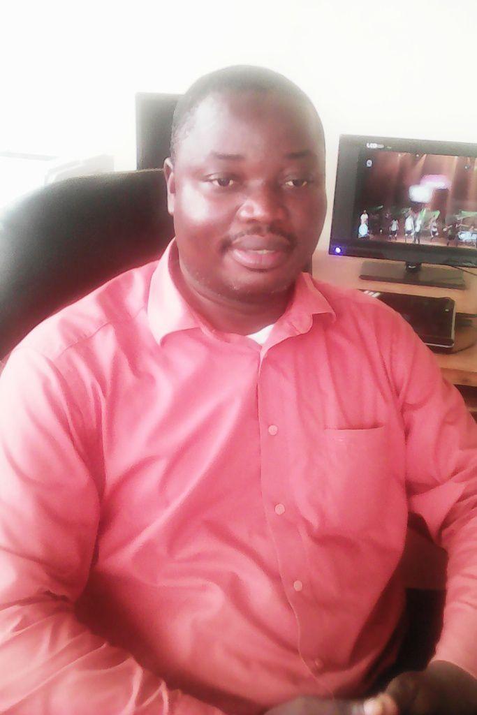 Martin Mbakop Mbintkeu, cadre  à la délégation régionale du Commerce( crédit photo: Christian Happi)