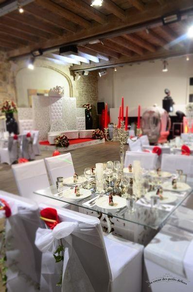 Wedding cake blanc et rouge