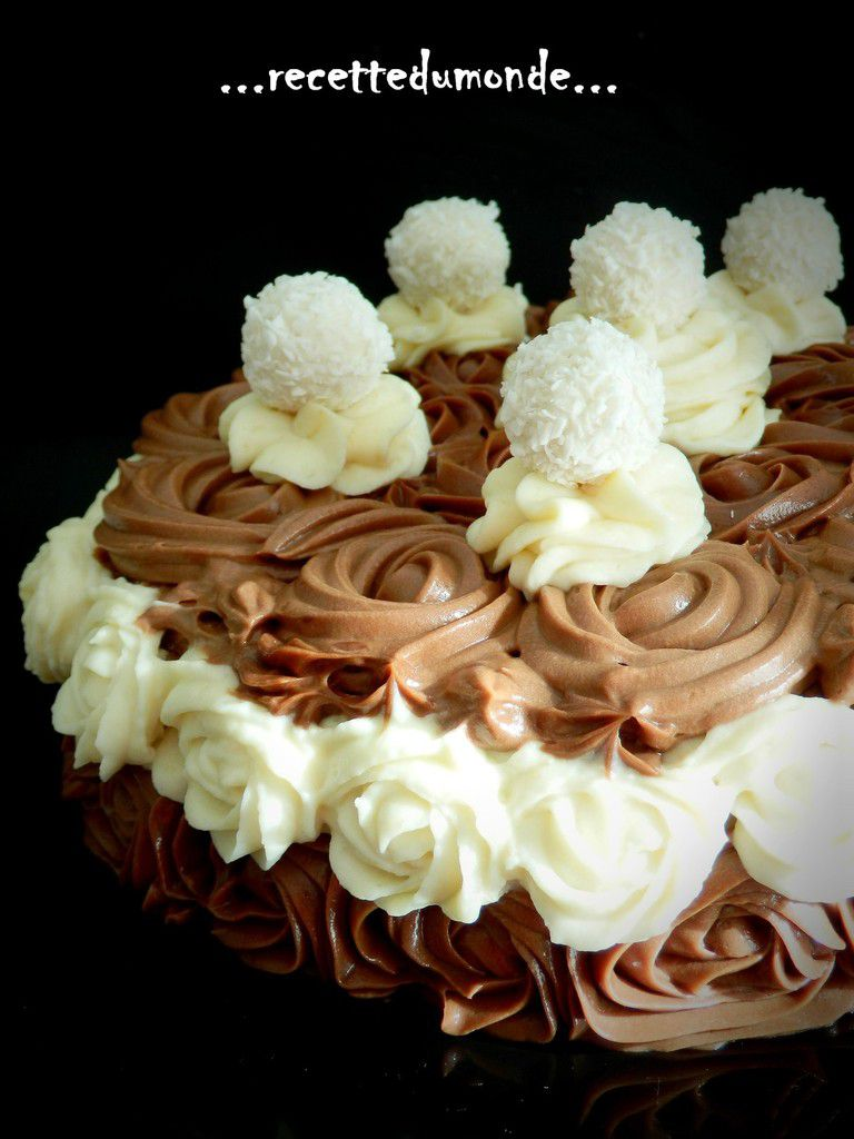 rose cake raffaelo cr me coco et mousse nutella recette du monde. Black Bedroom Furniture Sets. Home Design Ideas