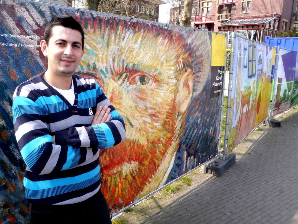 Biographie hocine hemaz artiste peintre le blog de for Biographie artiste peintre