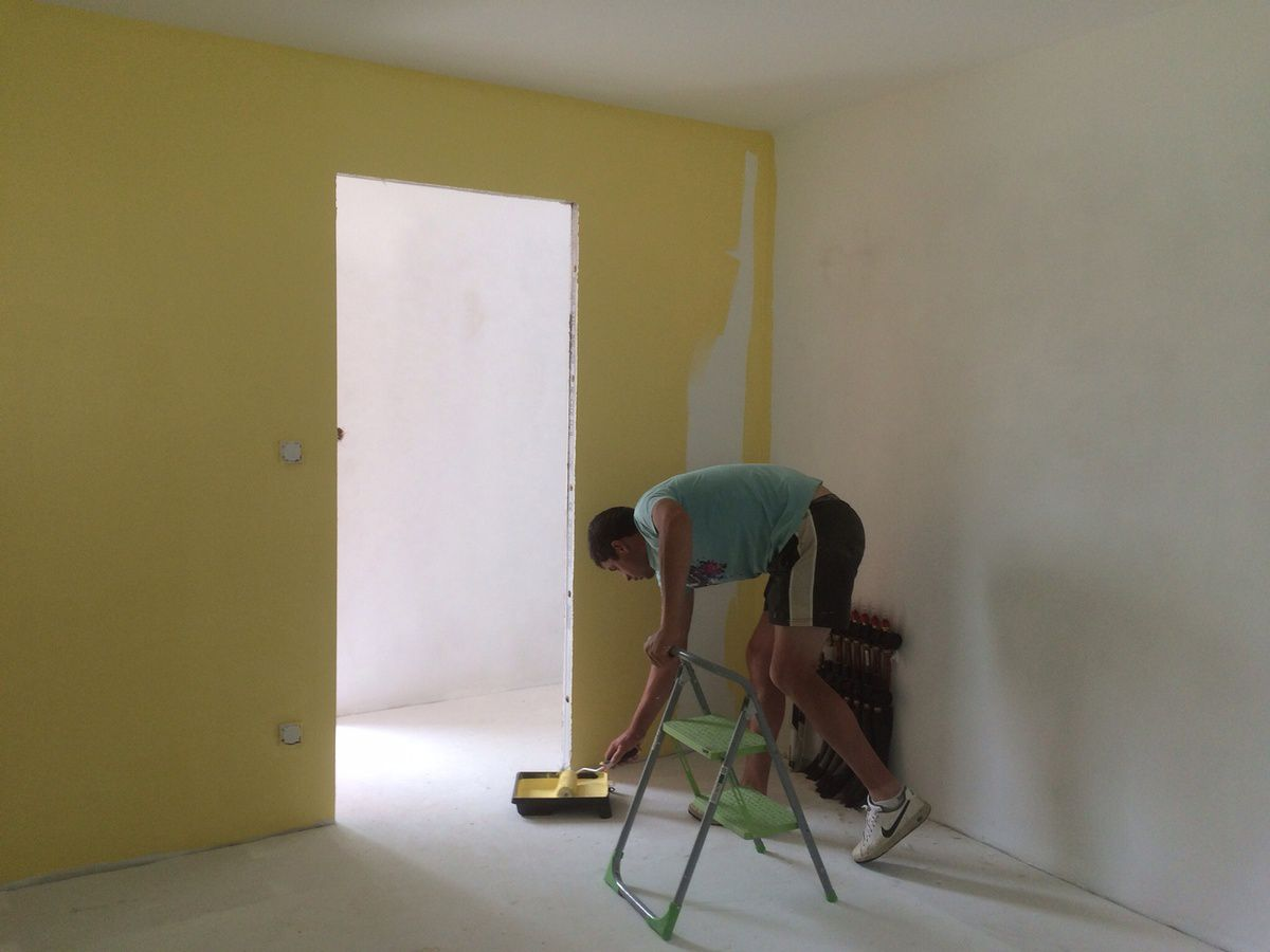 Week end peinture construction maison for Chambre jaune moutarde