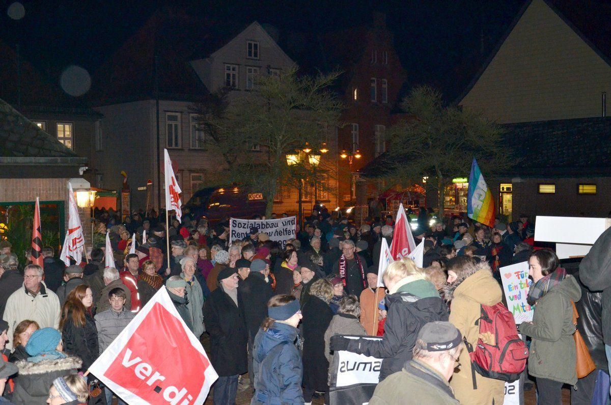 Walsrode 19.1.15 - 500 demonstrieren für &quot&#x3B;Toleranz, Vielfalt und Frieden&quot&#x3B;